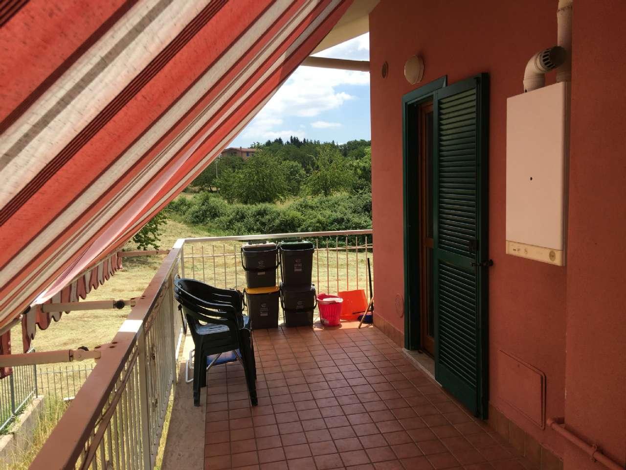 Quadrilocale su due livelli con balcone e posto auto , foto 15