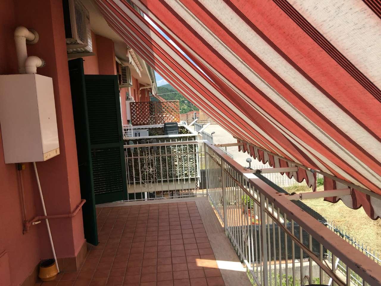 Quadrilocale su due livelli con balcone e posto auto , foto 14
