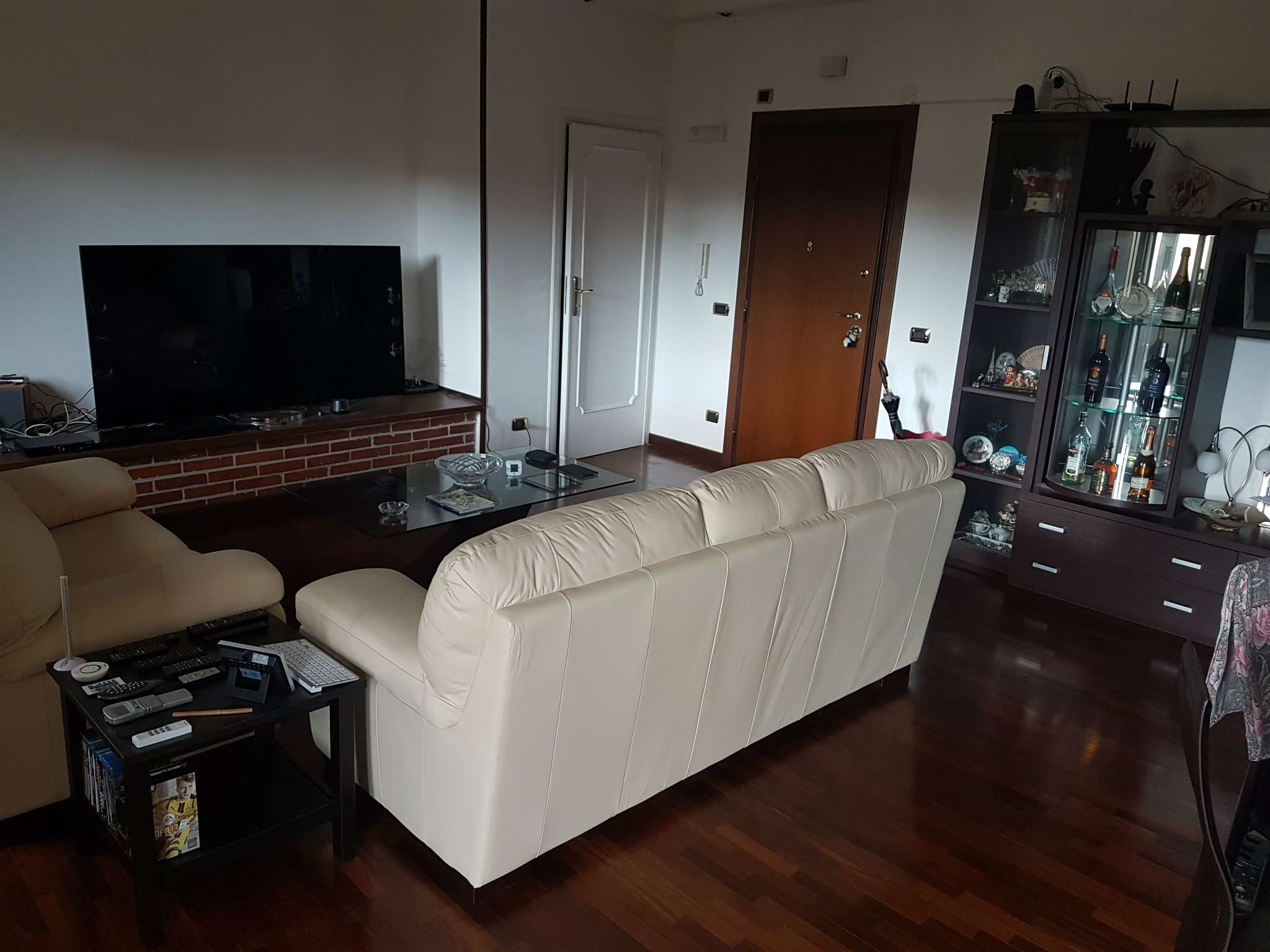 Appartamento ristrutturato parzialmente arredato in vendita Rif. 7098978