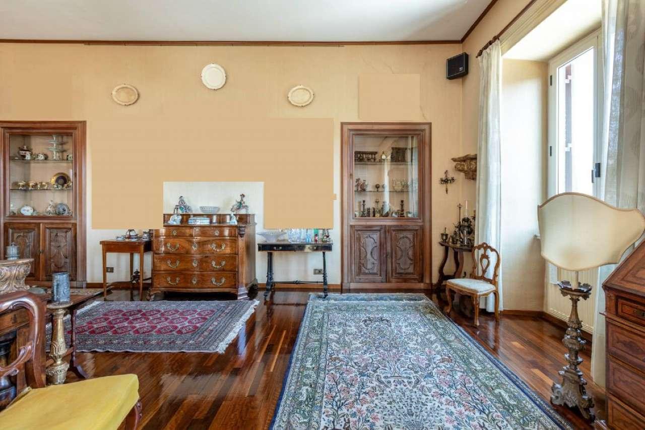 Mazzini Prati - Luminoso appartamento in signorile palazzo d'epoca, foto 3