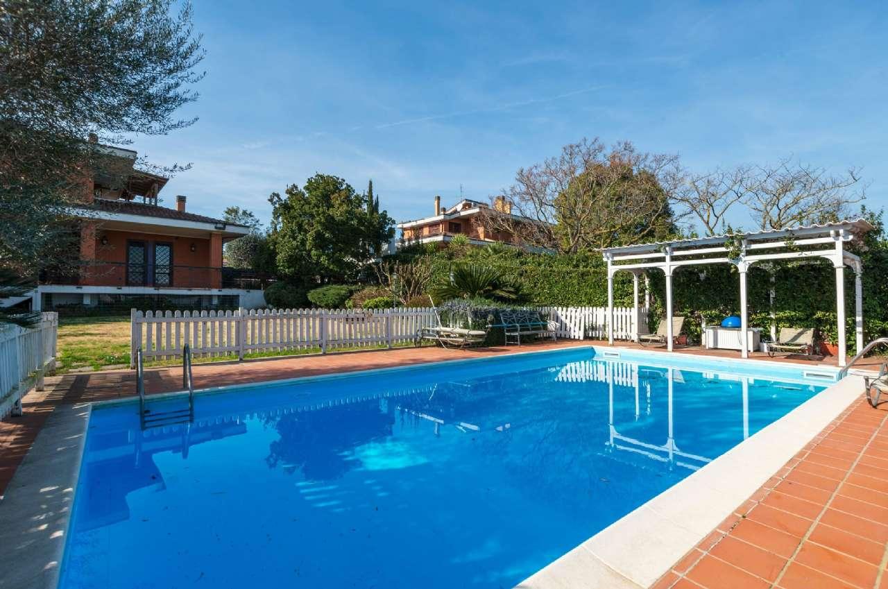 Ergife-Aurelio - Porzione di casa con giardino, piscina ed ampio box, foto 0