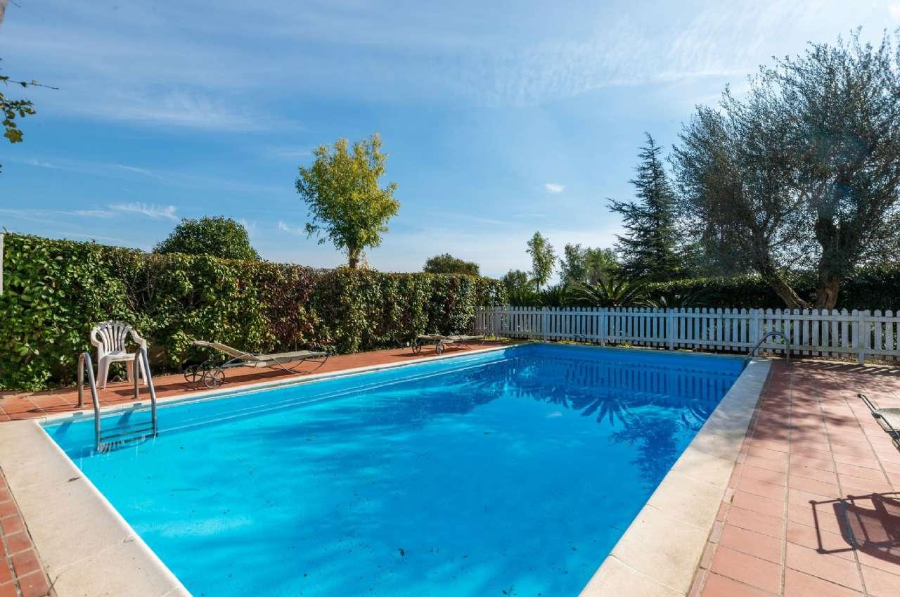 Ergife-Aurelio - Porzione di casa con giardino, piscina ed ampio box, foto 1