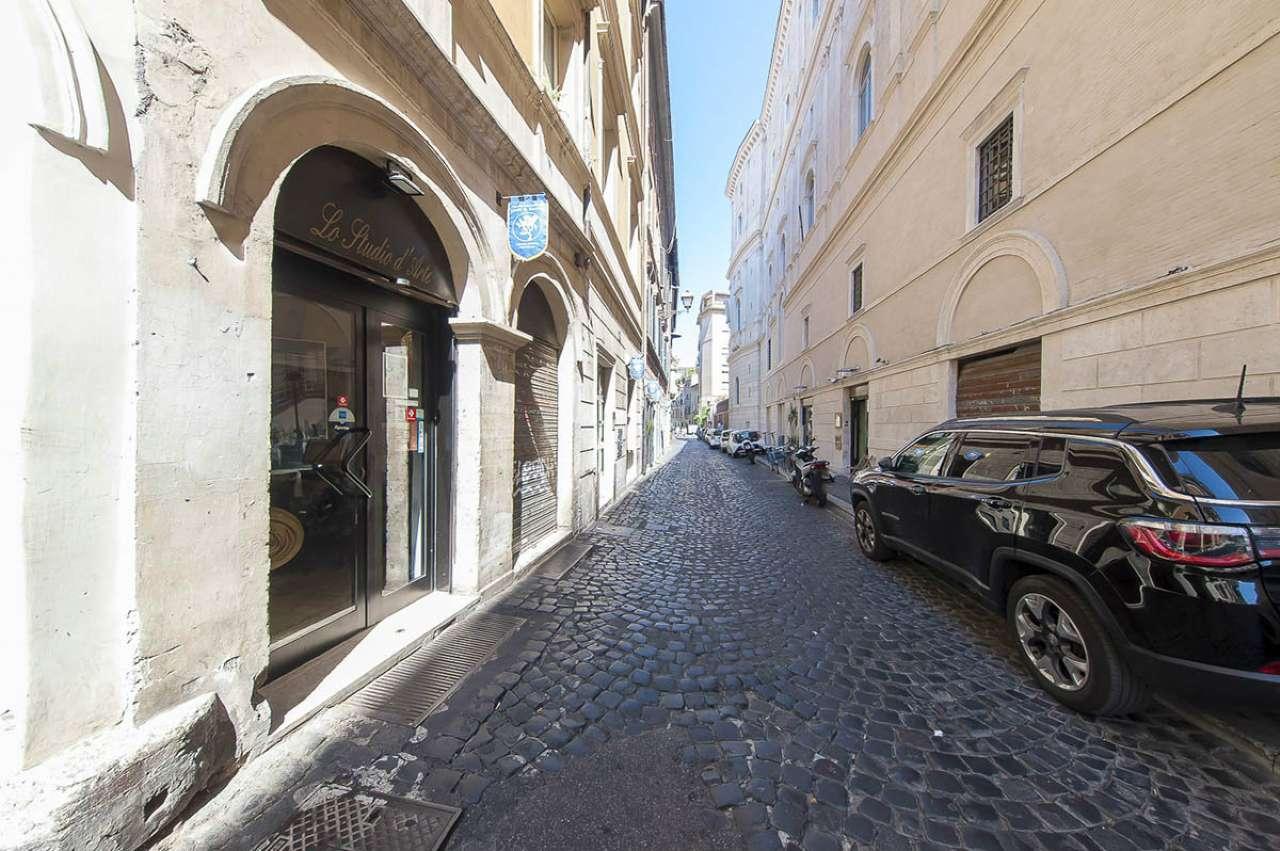 Locale commerciale, via Arco degli Acetari, Centro storico-Campo de' Fiori, Roma, foto 5
