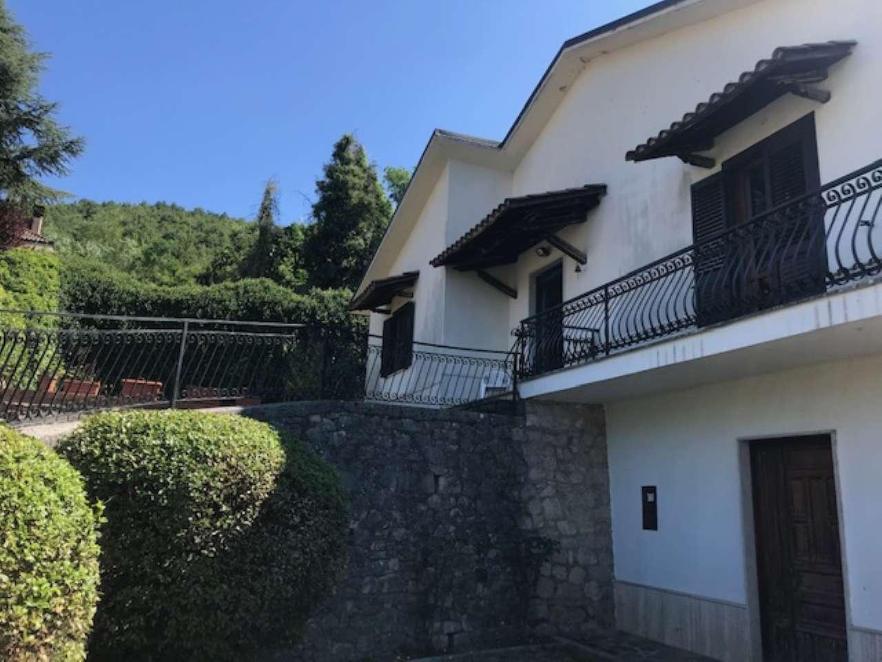Villa, Via Spiughe, Località Rocca di Bonifacio,Torre Cajetani, foto 2