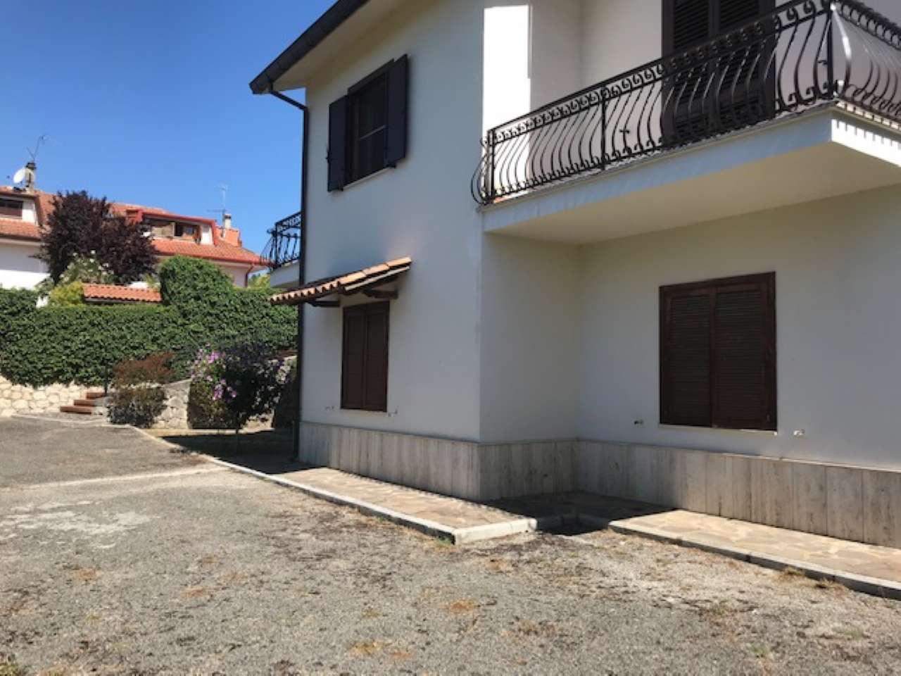 Villa, Via Spiughe, Località Rocca di Bonifacio,Torre Cajetani, foto 18