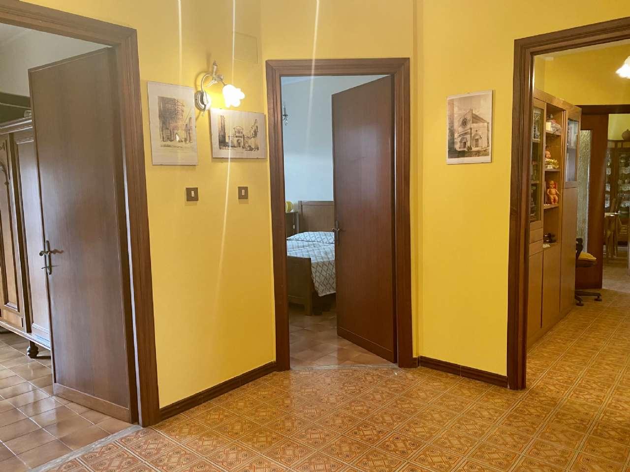 Quadrilocale, Via Umberto Giordano, Tuscania, foto 6