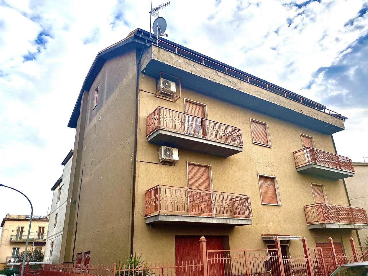 Quadrilocale, Via Umberto Giordano, Tuscania, foto 15