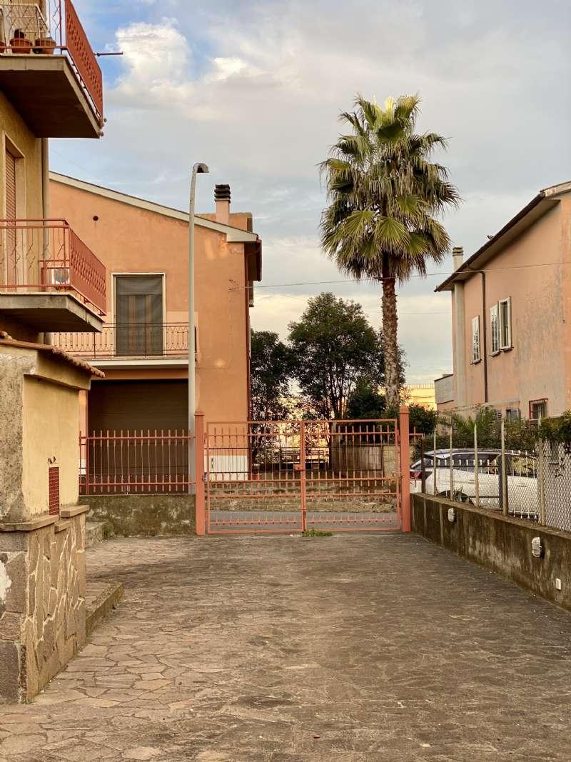 Quadrilocale, Via Umberto Giordano, Tuscania, foto 17