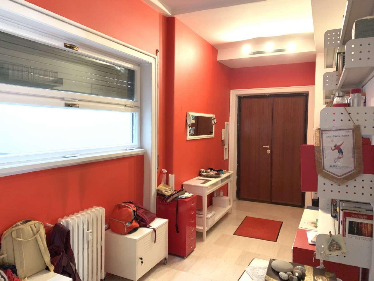 Vendita Appartamento Roma, con balcone, ascensore, via ...