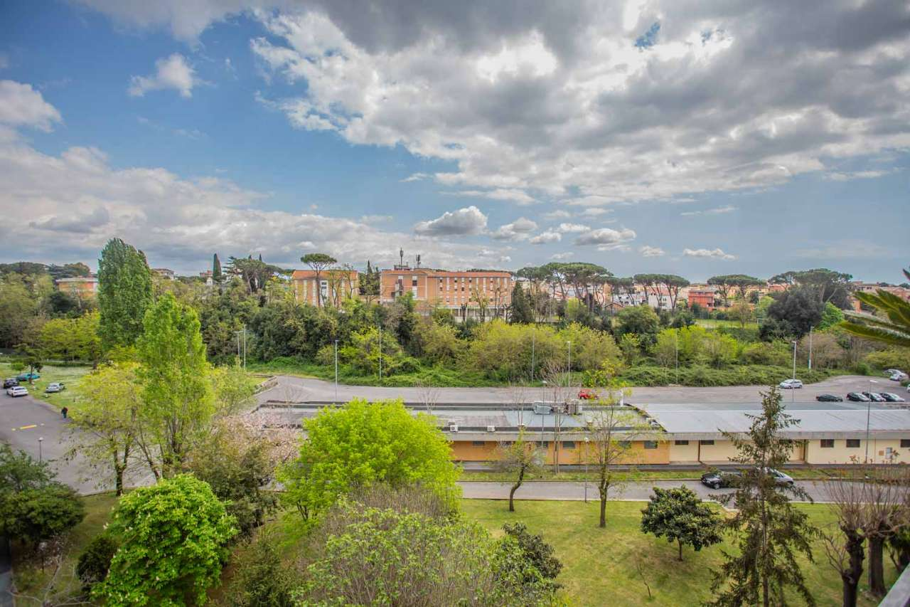Trilocale con terrazzino e posto auto, Via Don Carlo Gnocchi, Torrevecchia, foto 13