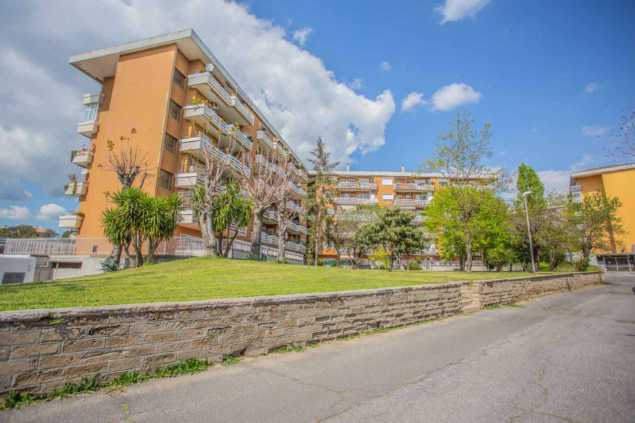 Trilocale con terrazzino e posto auto, Via Don Carlo Gnocchi, Torrevecchia, foto 14