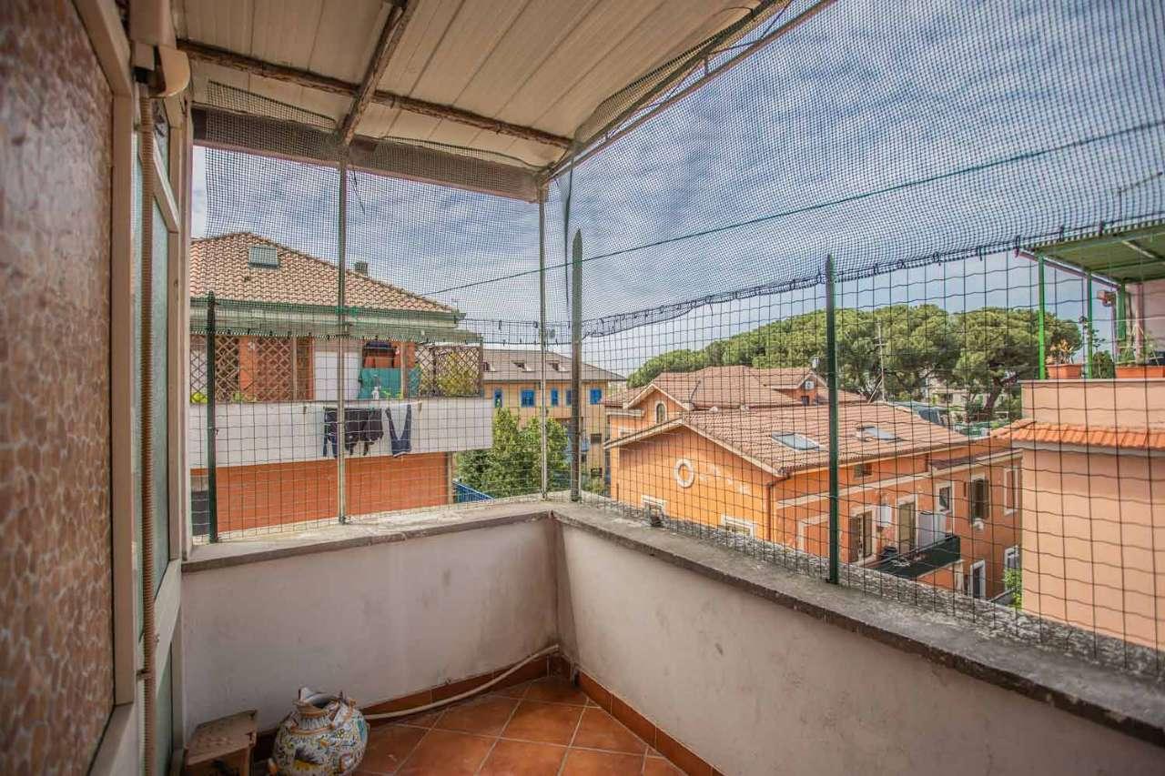 Attico trilocale con terrazzino, Via del Prato, Alessandrino, foto 10