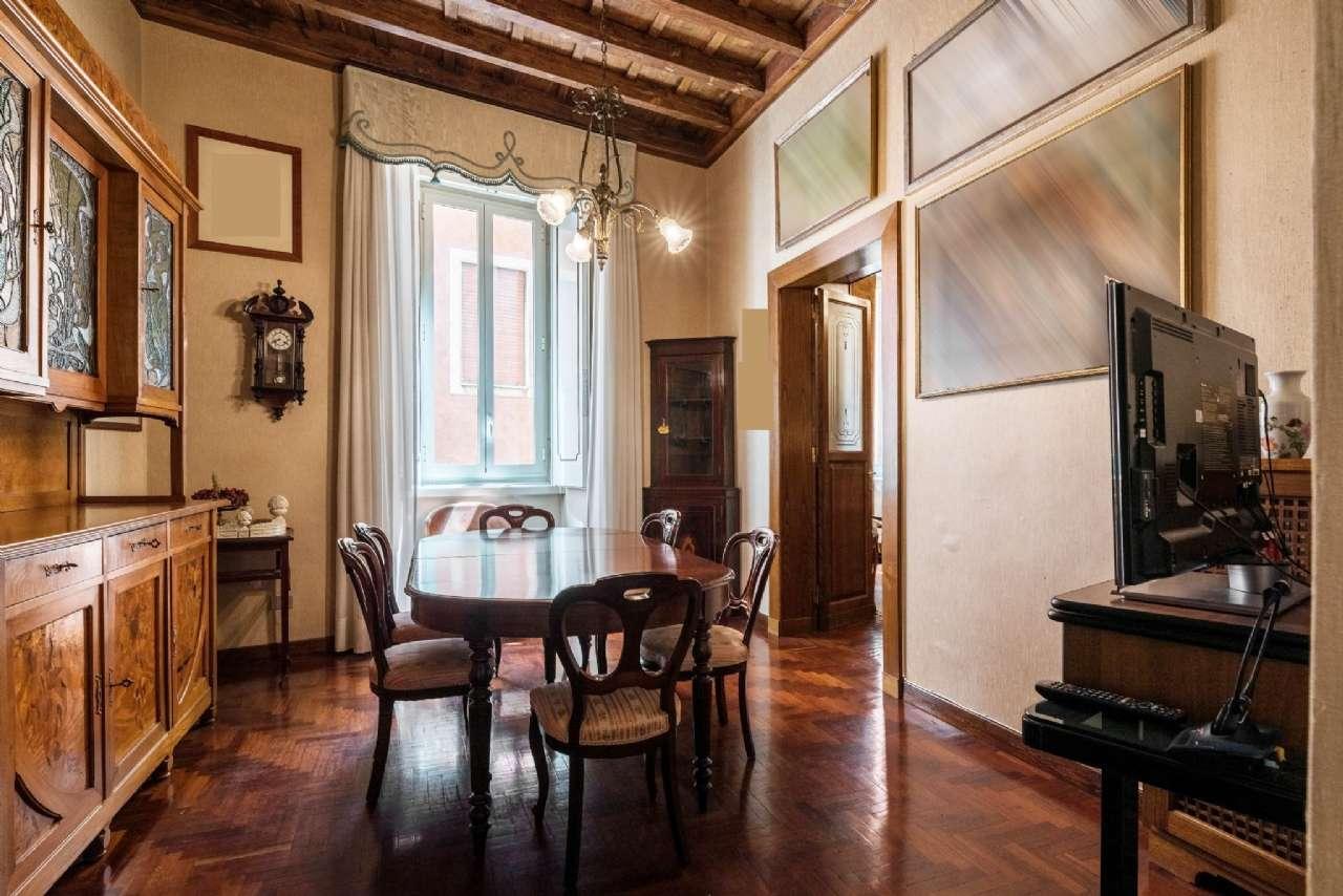 Appartamento, Via del Collegio Capranica, adiacente al Pantheon, Roma, foto 9