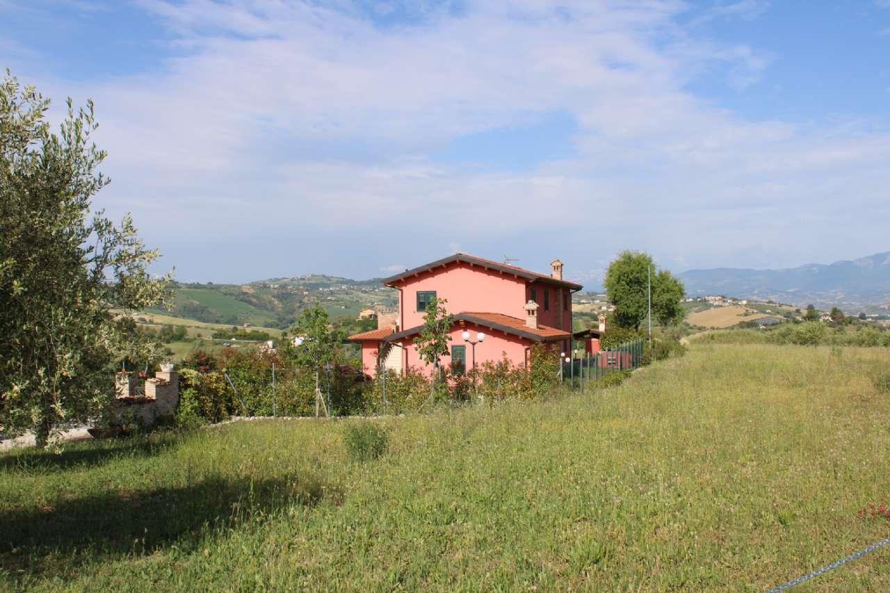 Villa, Via Santa Croce, Notaresco, foto 0