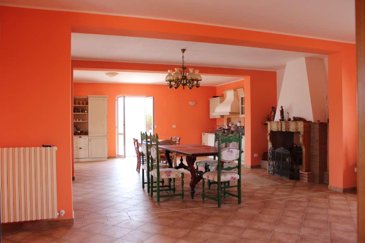 Villa, Via Santa Croce, Notaresco, foto 10