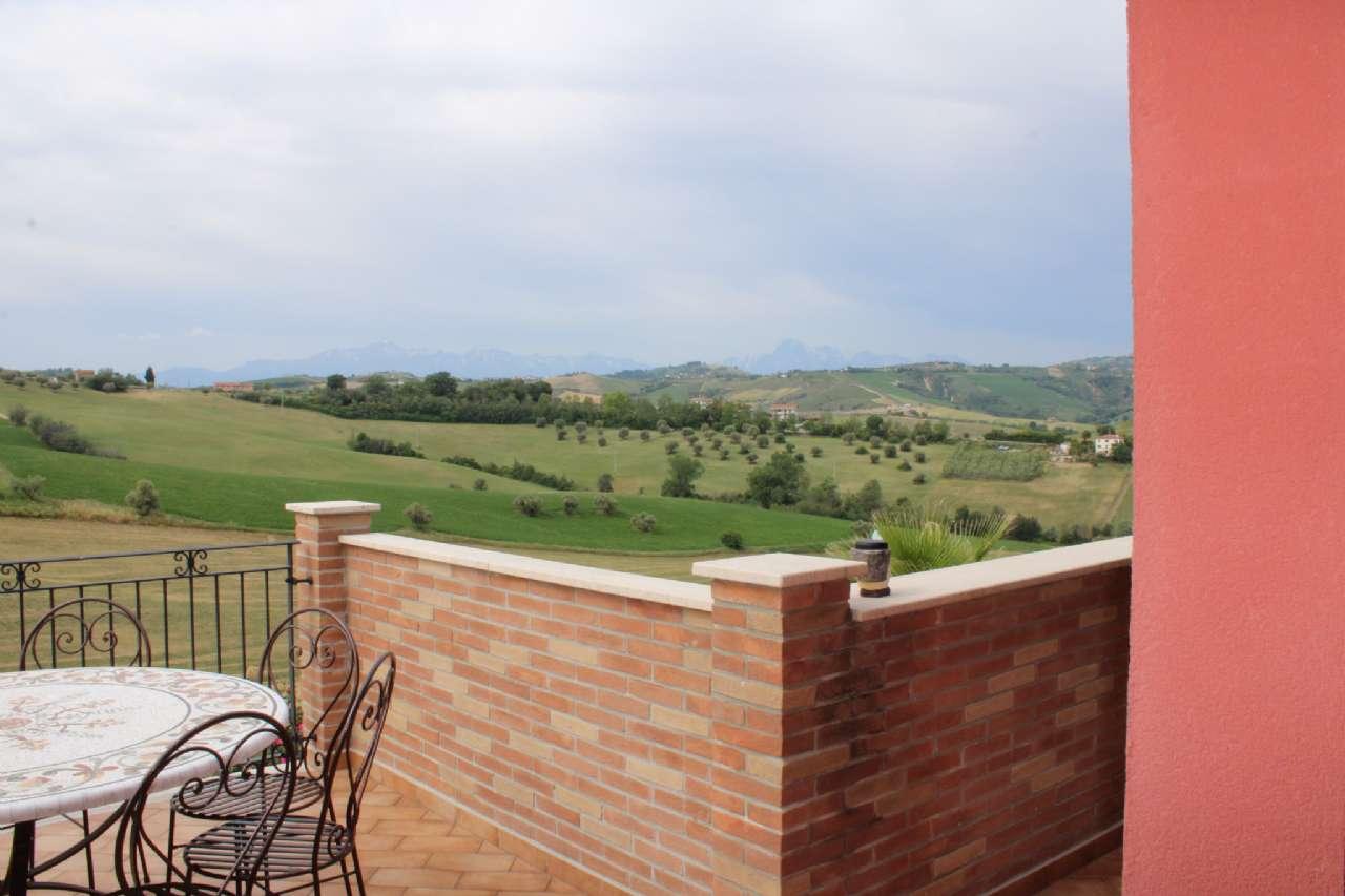 Villa, Via Santa Croce, Notaresco, foto 13