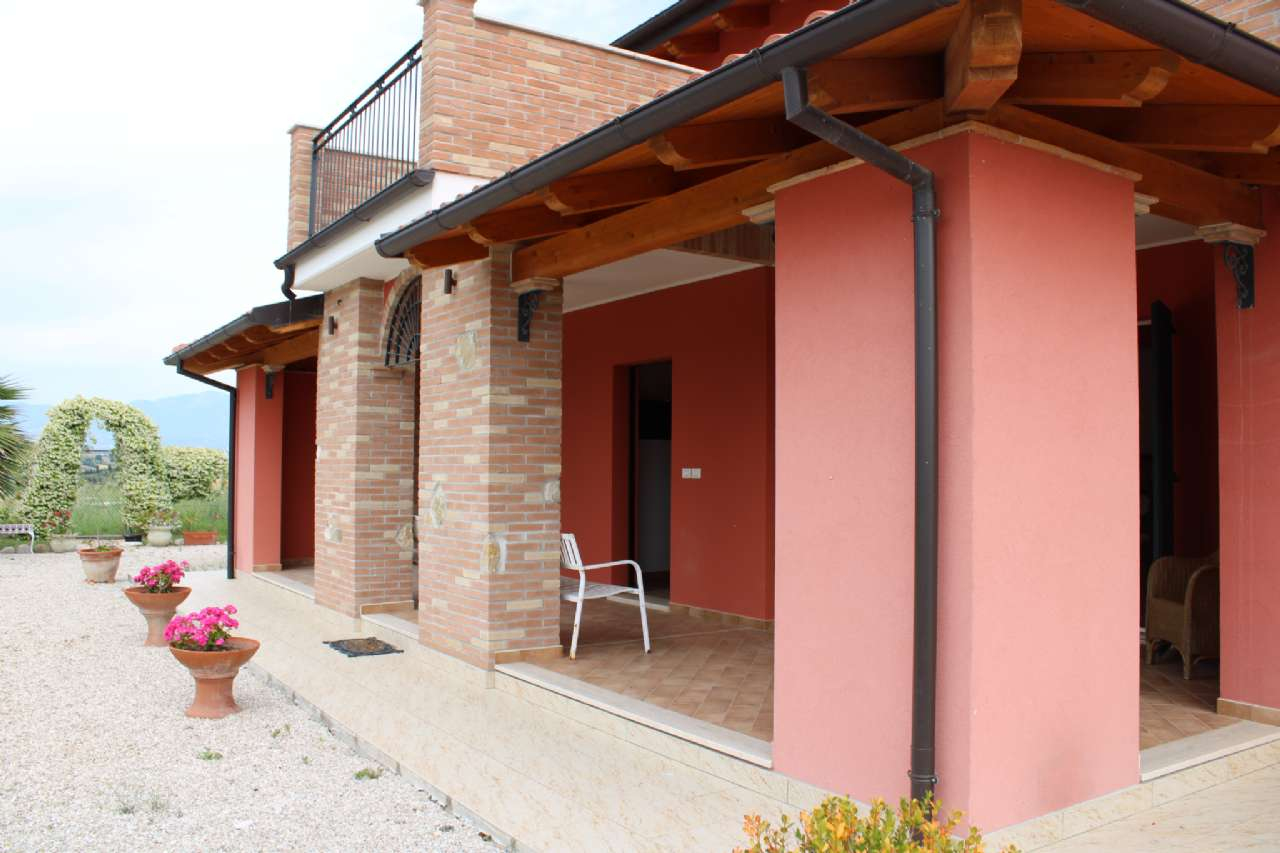 Villa, Via Santa Croce, Notaresco, foto 15