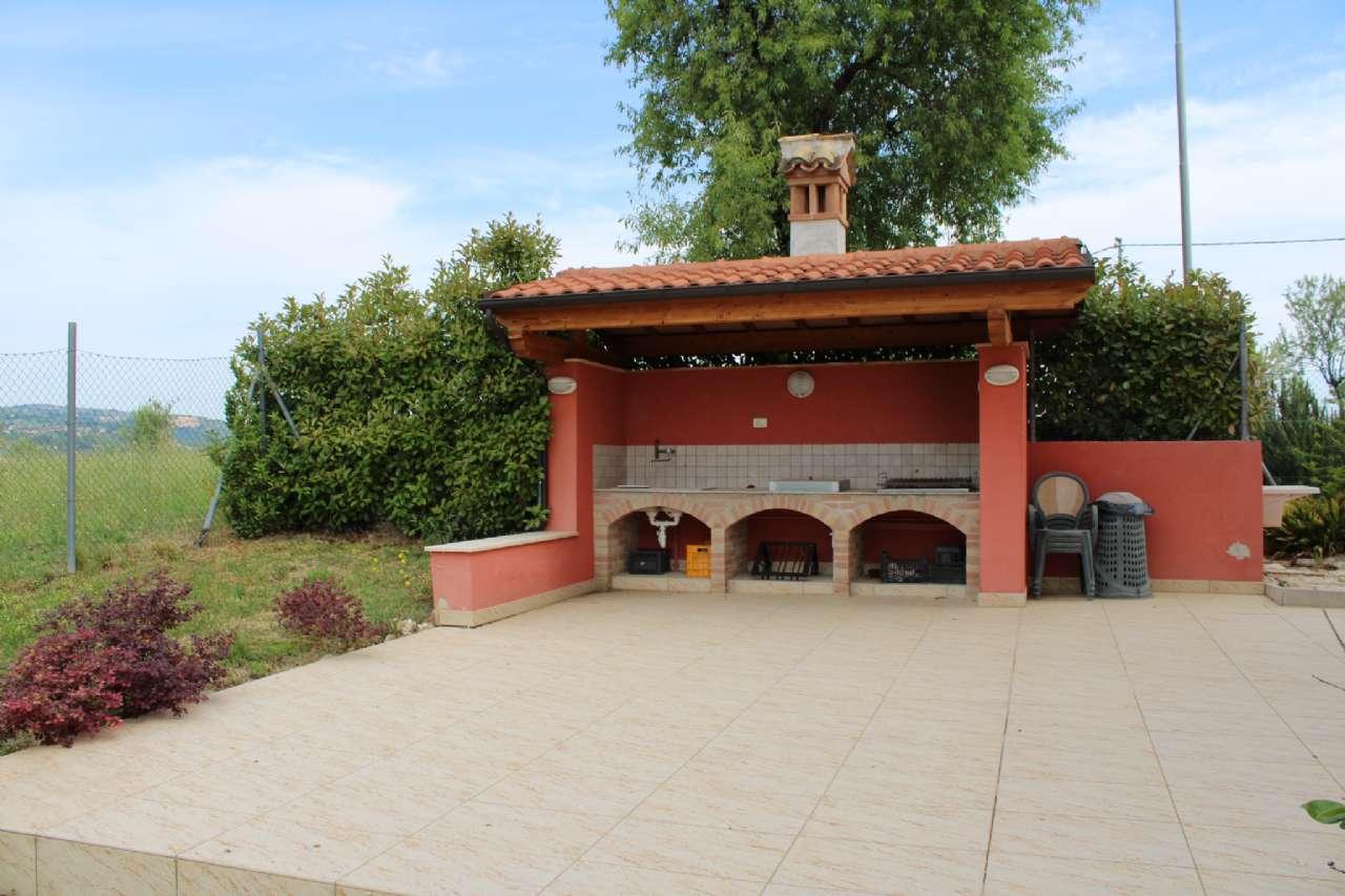 Villa, Via Santa Croce, Notaresco, foto 16