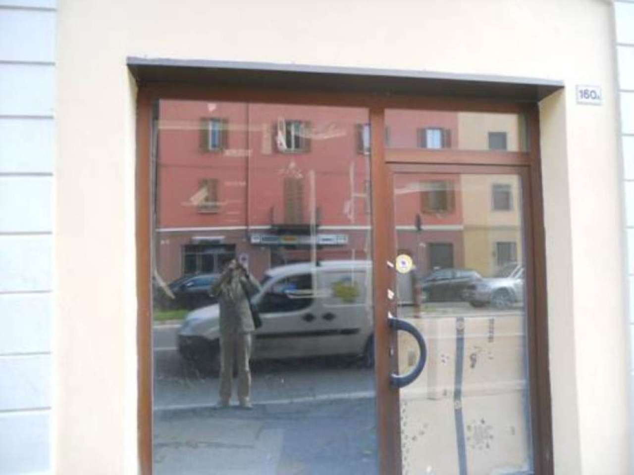 Ampio negozio con uffici - via Dante, foto 1