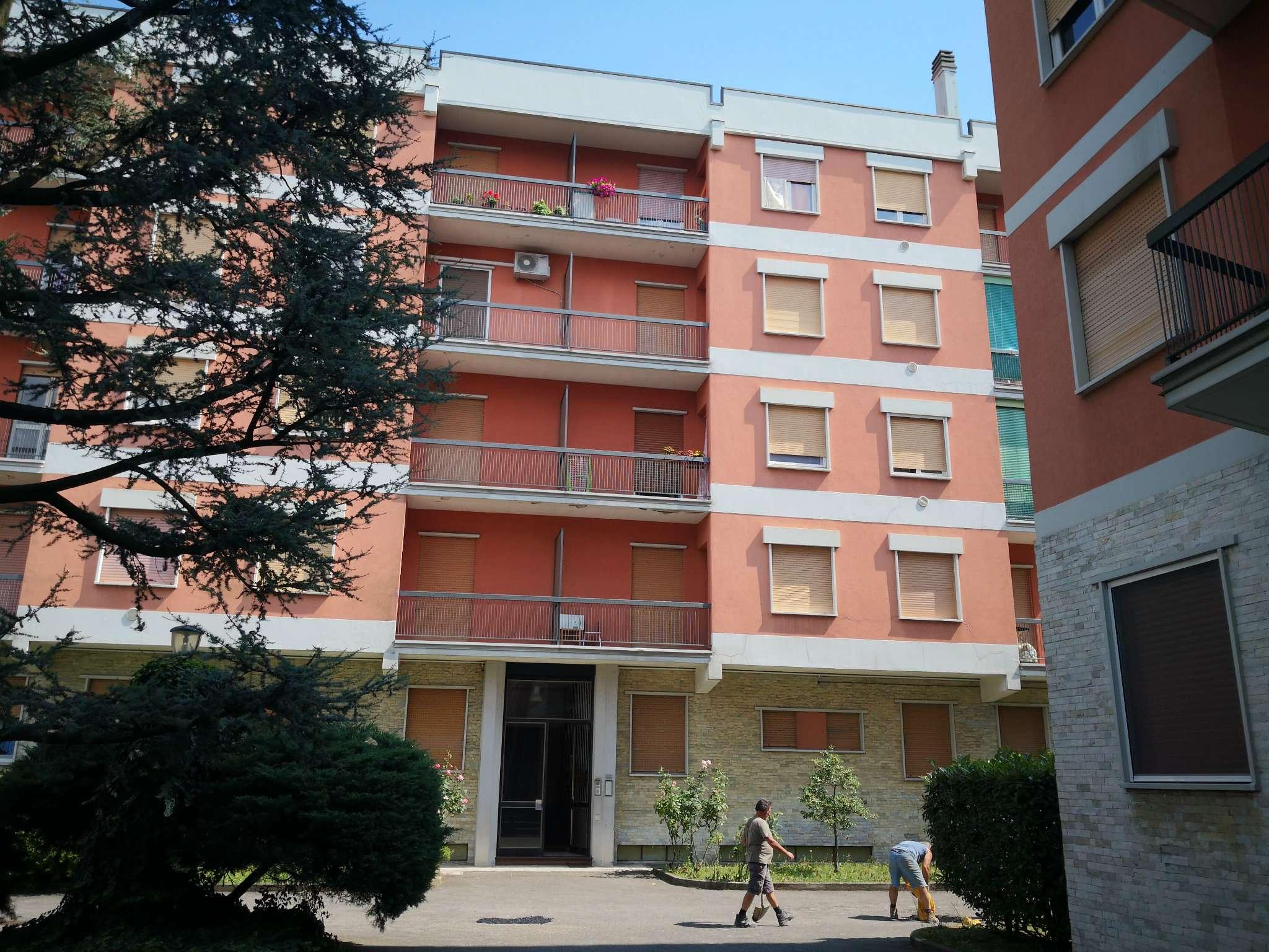 Appartamento in condizioni mediocri in vendita Rif. 7379241