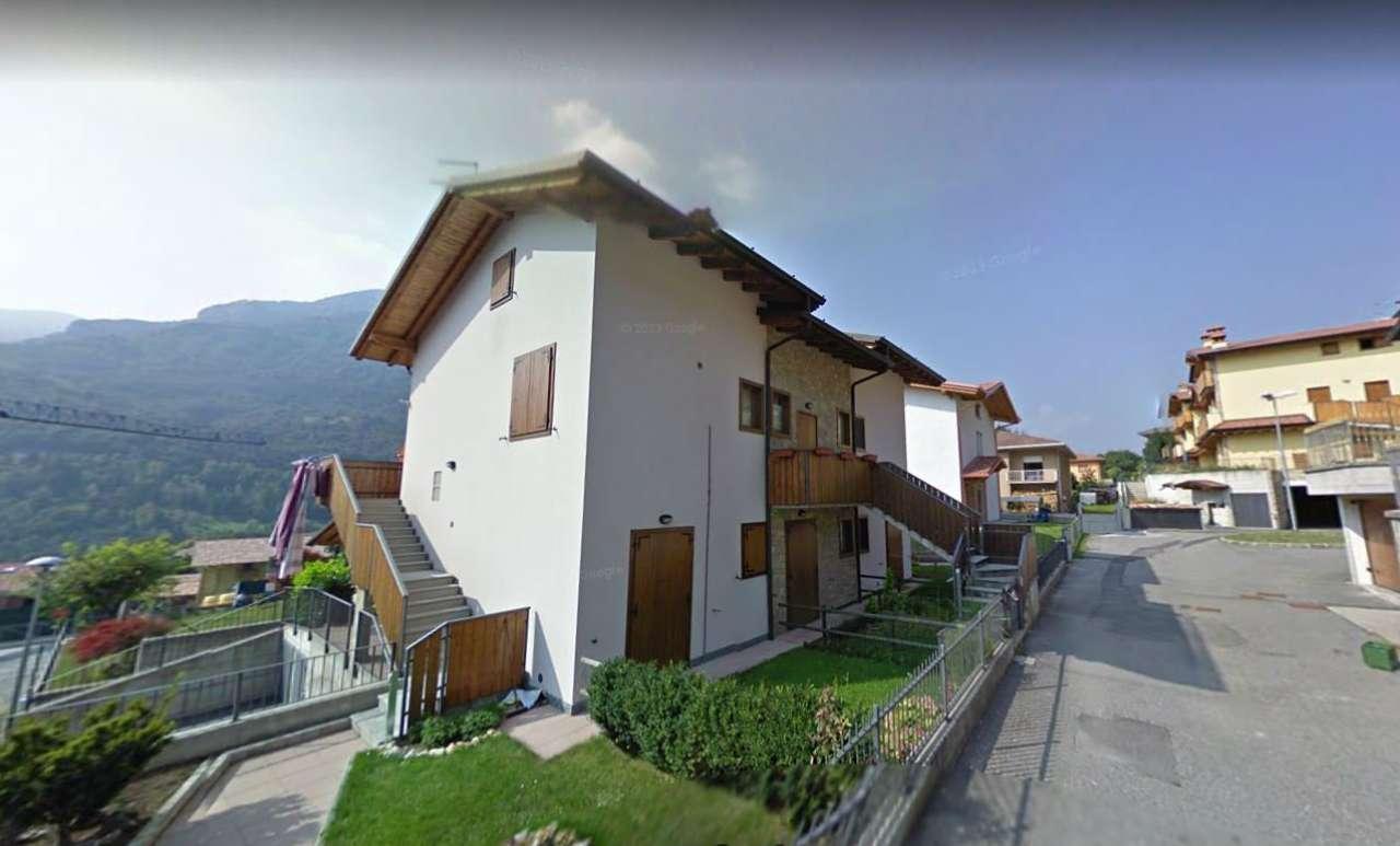 Appartamento in buone condizioni parzialmente arredato in vendita Rif. 7507781