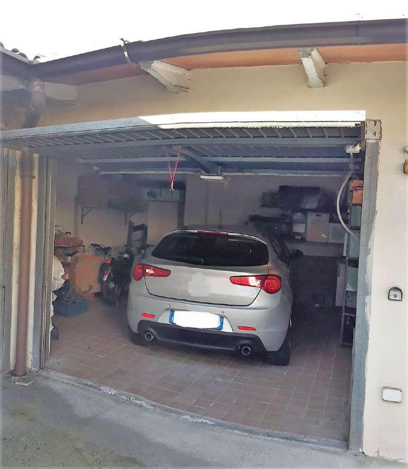 Quadrilocale con terrazzo e garage, foto 13