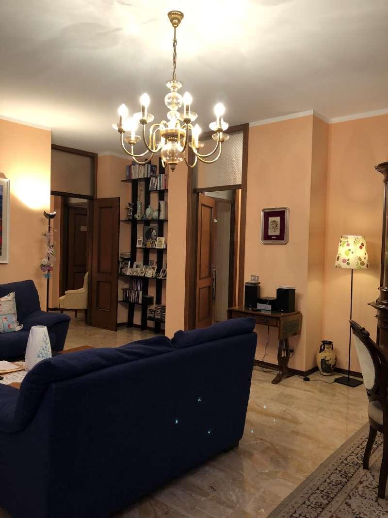 Ampio e luminoso appartamento , foto 3