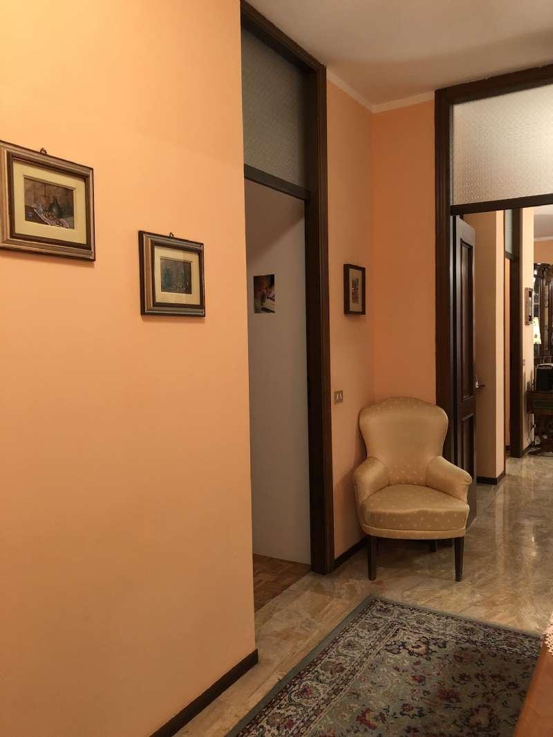Ampio e luminoso appartamento , foto 18