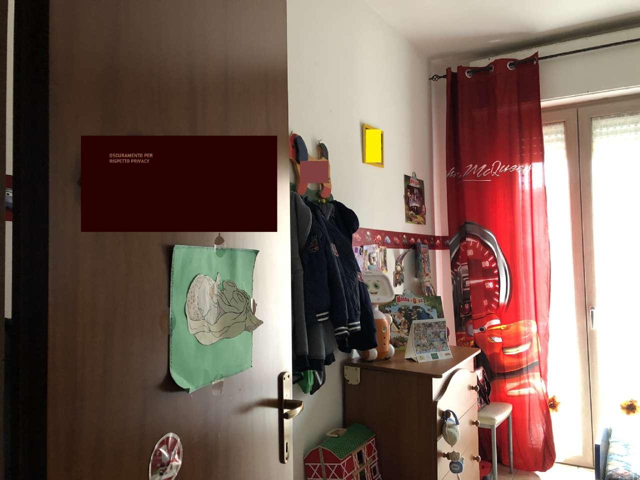 Trilocale con balcone e box auto, foto 3