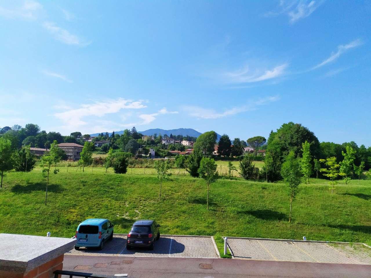 Lissago-Calcinate - Trilocale con ampio terrazzo panoramico e posto auto scoperto, foto 13