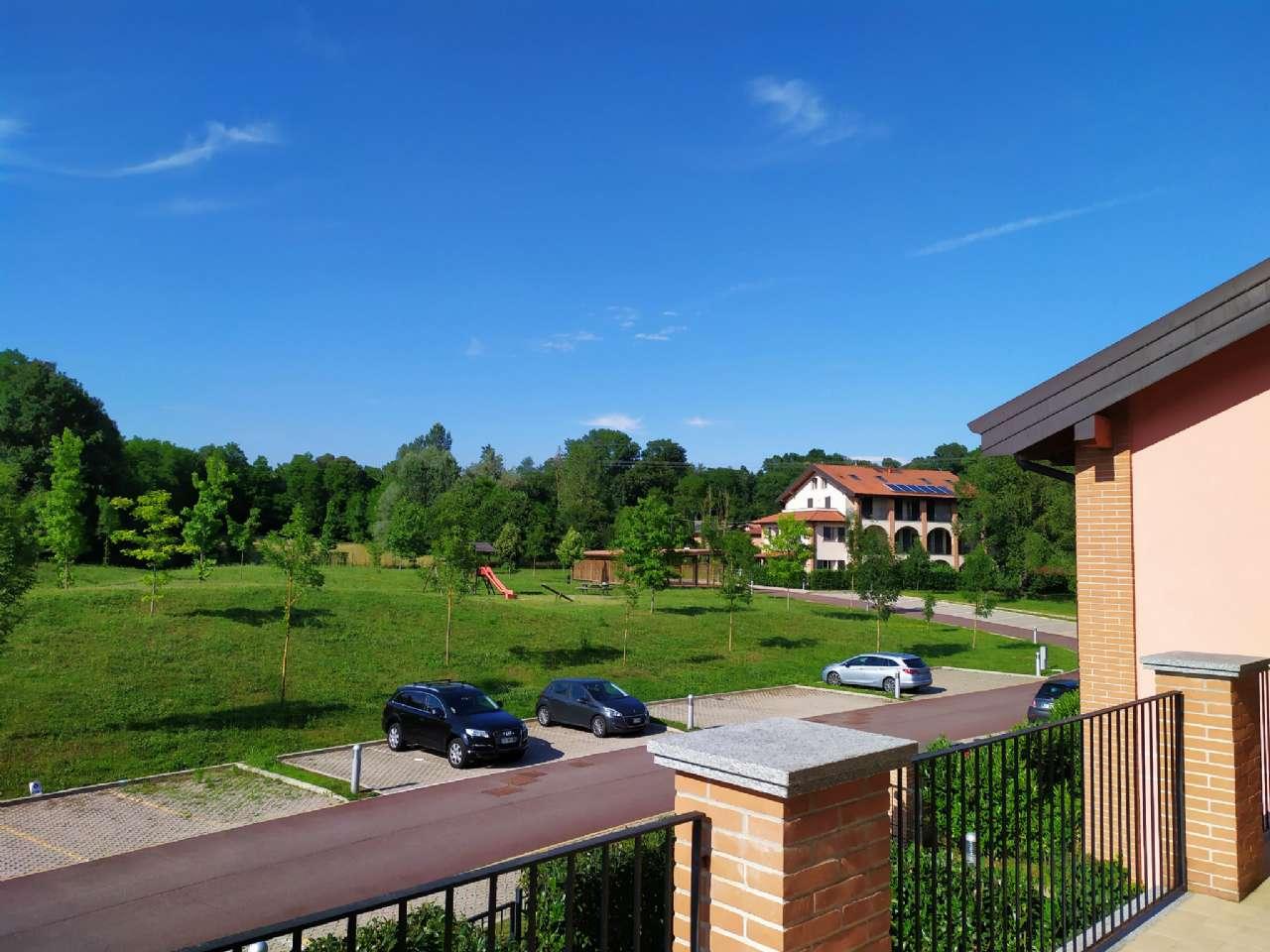 Lissago-Calcinate - Trilocale con ampio terrazzo panoramico e posto auto scoperto, foto 0