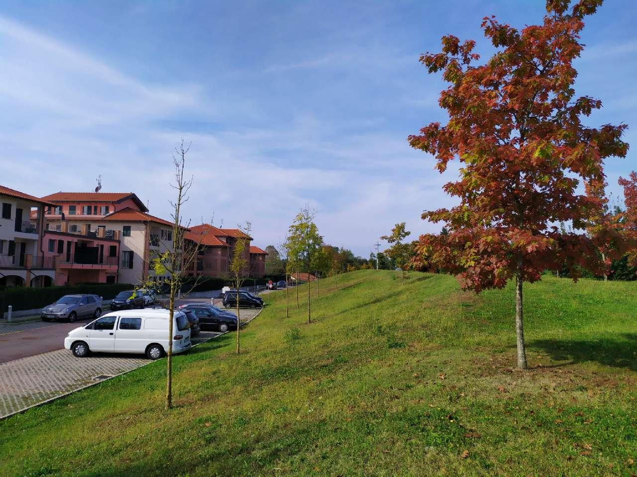 Lissago-Calcinate - Monolocale con terrazzino e posto auto scoperto, foto 14