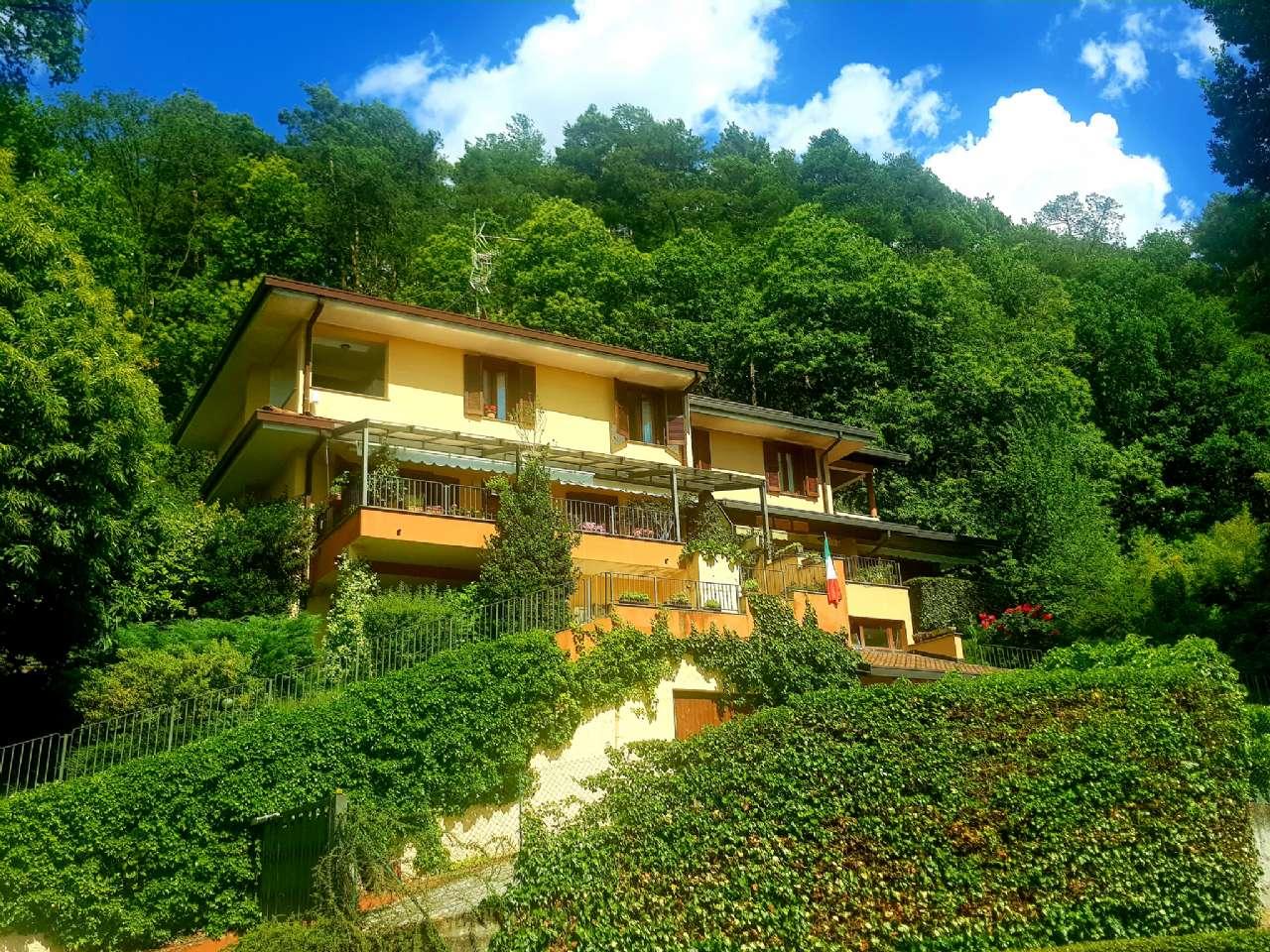 Carimate - Prestigiosa villa nel residenziale del Golf, foto 0