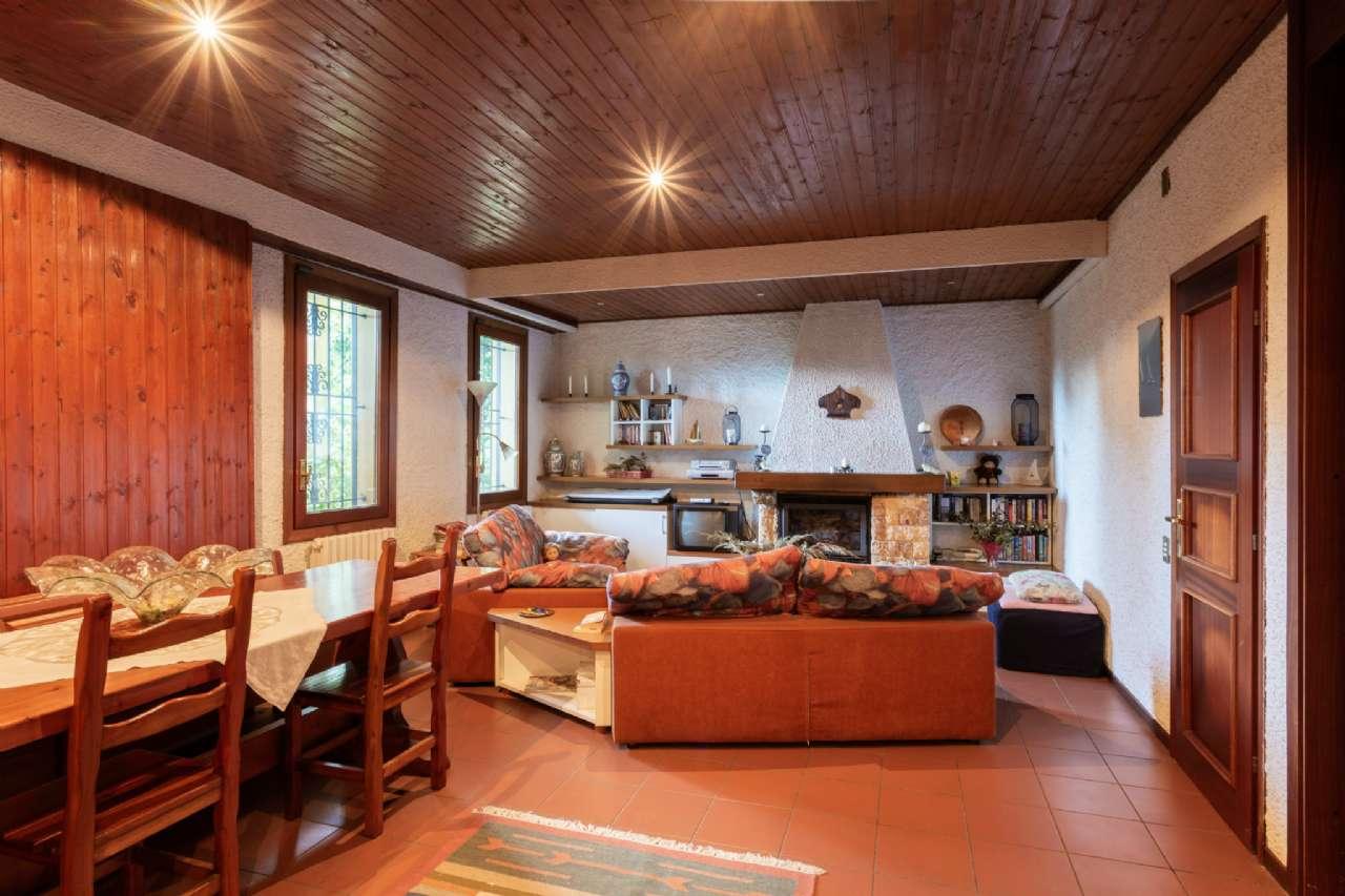 Carimate - Prestigiosa villa nel residenziale del Golf, foto 12