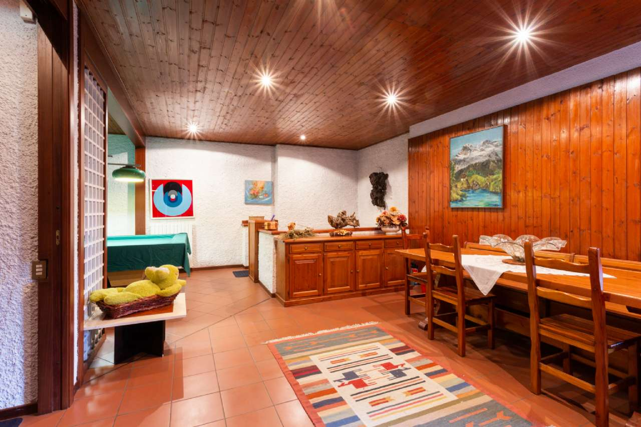 Carimate - Prestigiosa villa nel residenziale del Golf, foto 11