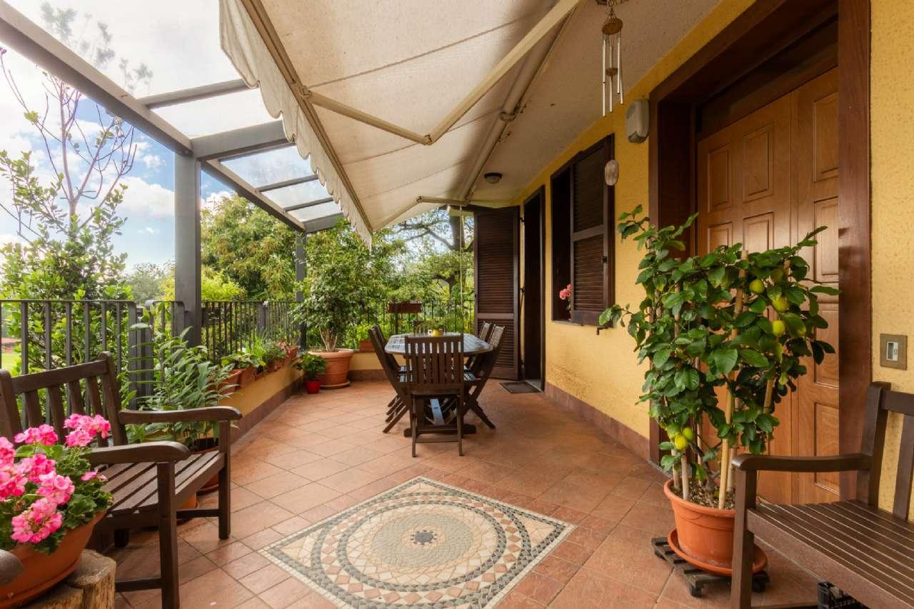 Carimate - Prestigiosa villa nel residenziale del Golf, foto 4