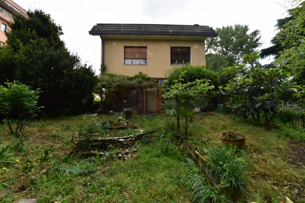 Villa trifamiliare, Via Simone Martini, Centro, Pioltello, foto 19