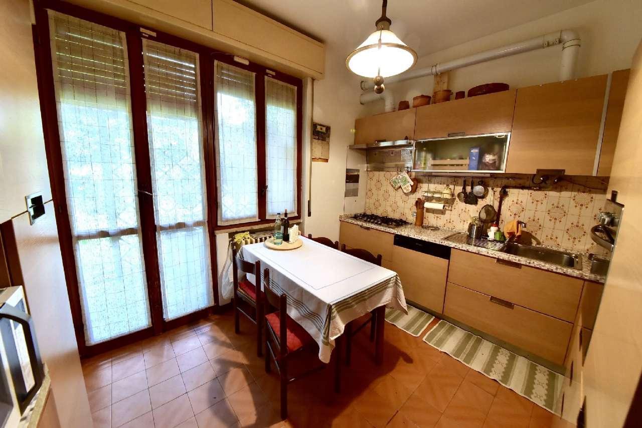 Villa trifamiliare, Via Simone Martini, Centro, Pioltello, foto 3
