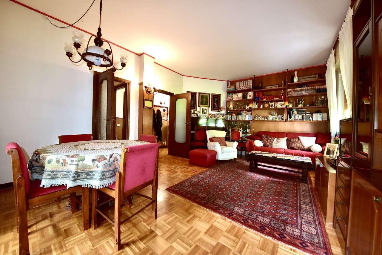 Villa trifamiliare, Via Simone Martini, Centro, Pioltello, foto 2