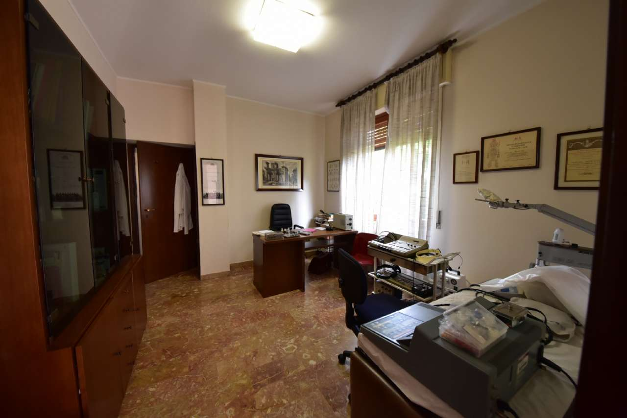 Villa trifamiliare, Via Simone Martini, Centro, Pioltello, foto 11