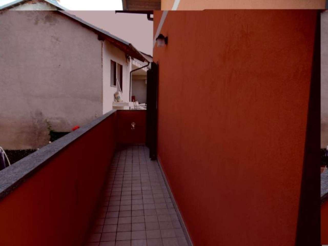Villetta a schiera su più livelli con ampio giardino , foto 15