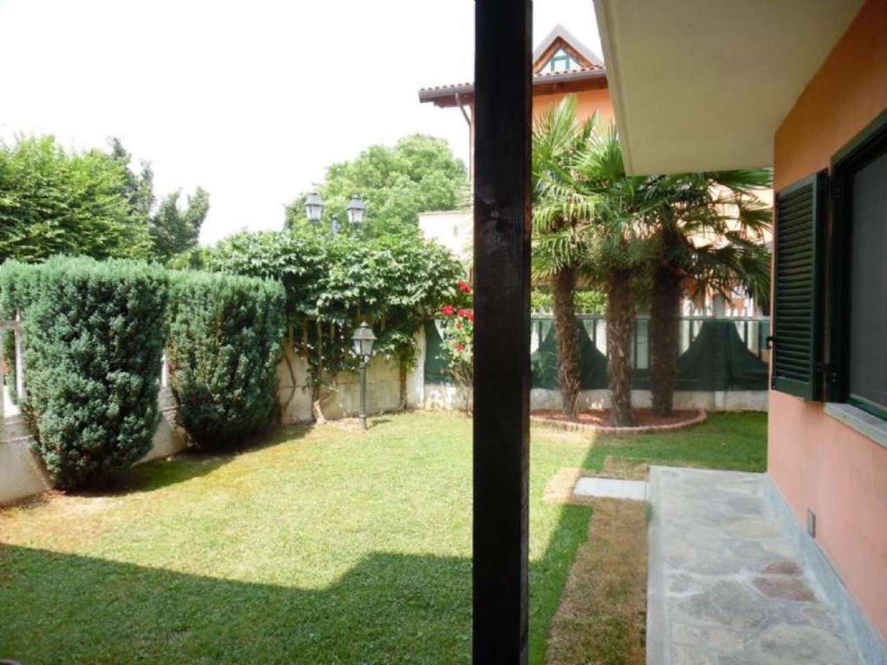 Villetta a schiera su più livelli con ampio giardino , foto 16