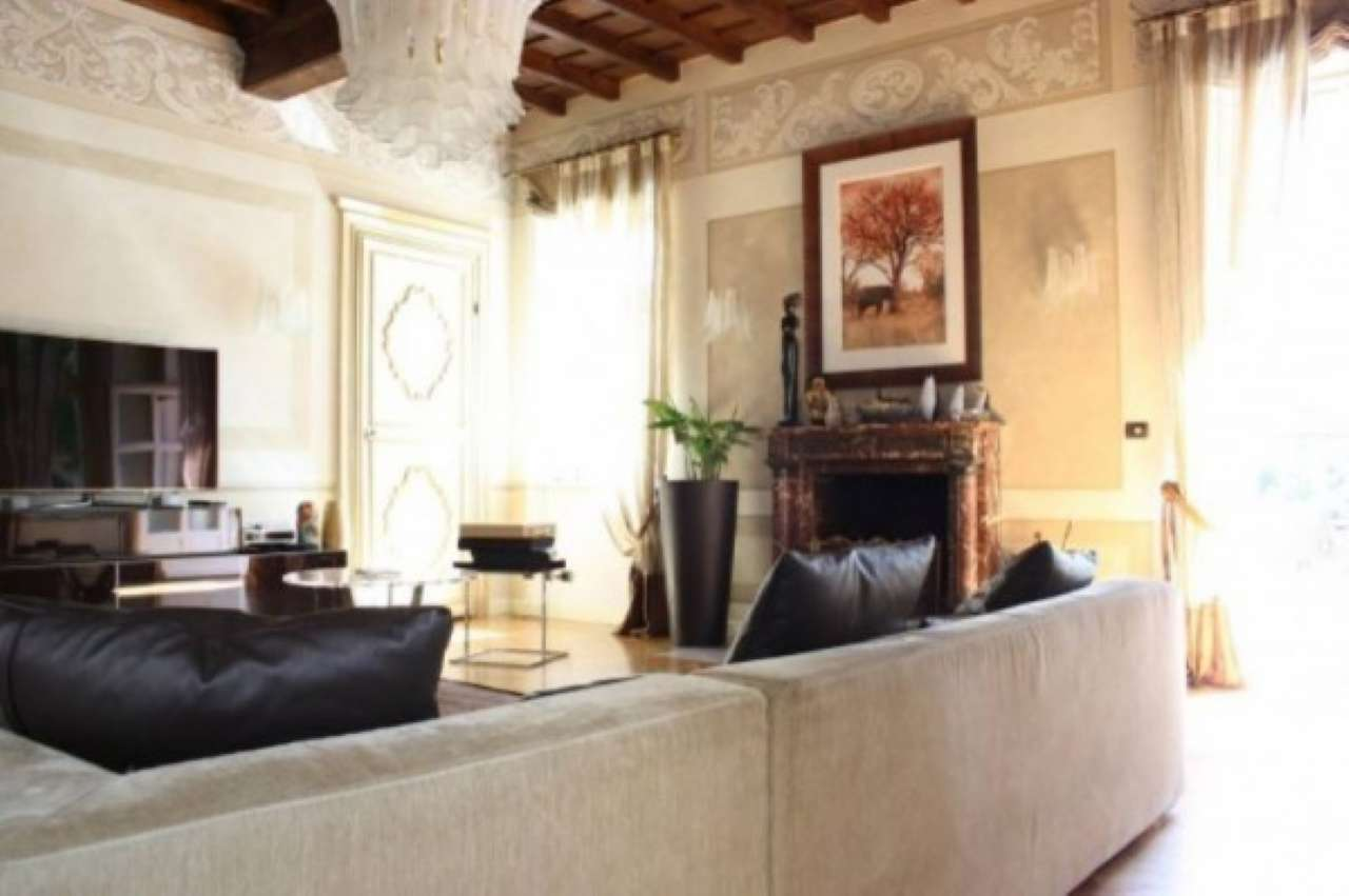 Villa seicentesca Via Nino Bixio, Orbassano centro (TO), foto 2