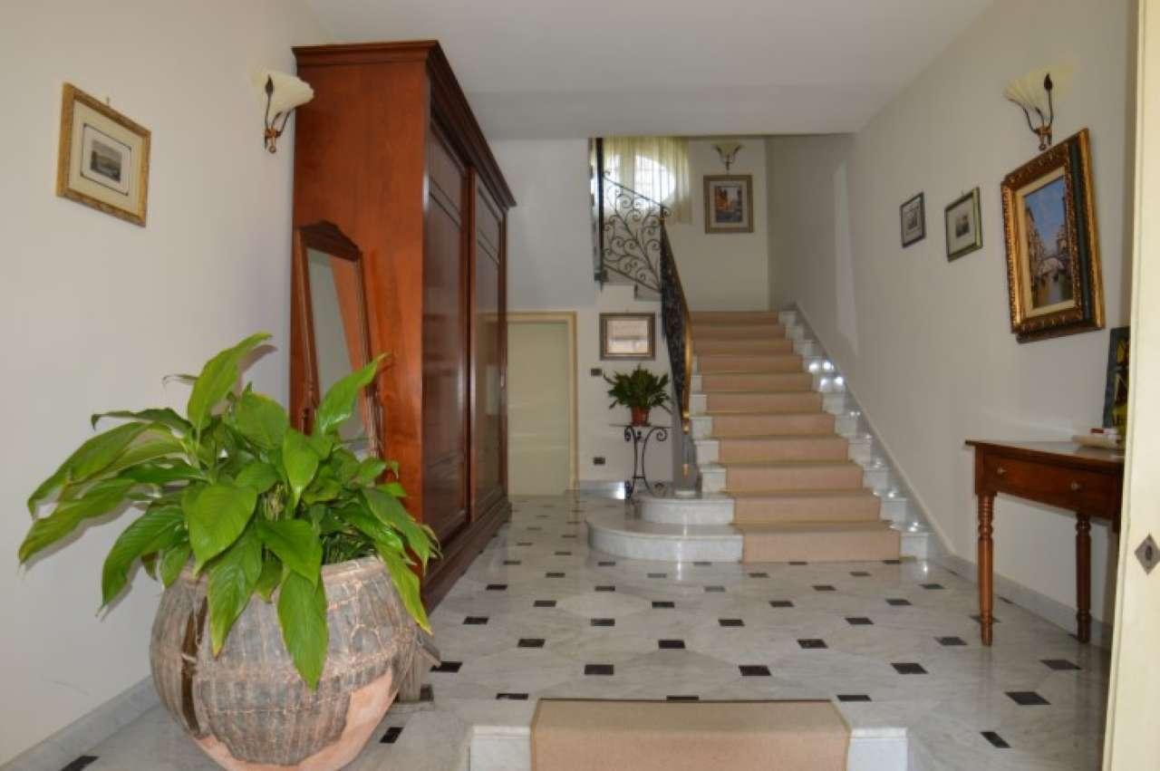 Villa seicentesca Via Nino Bixio, Orbassano centro (TO), foto 14