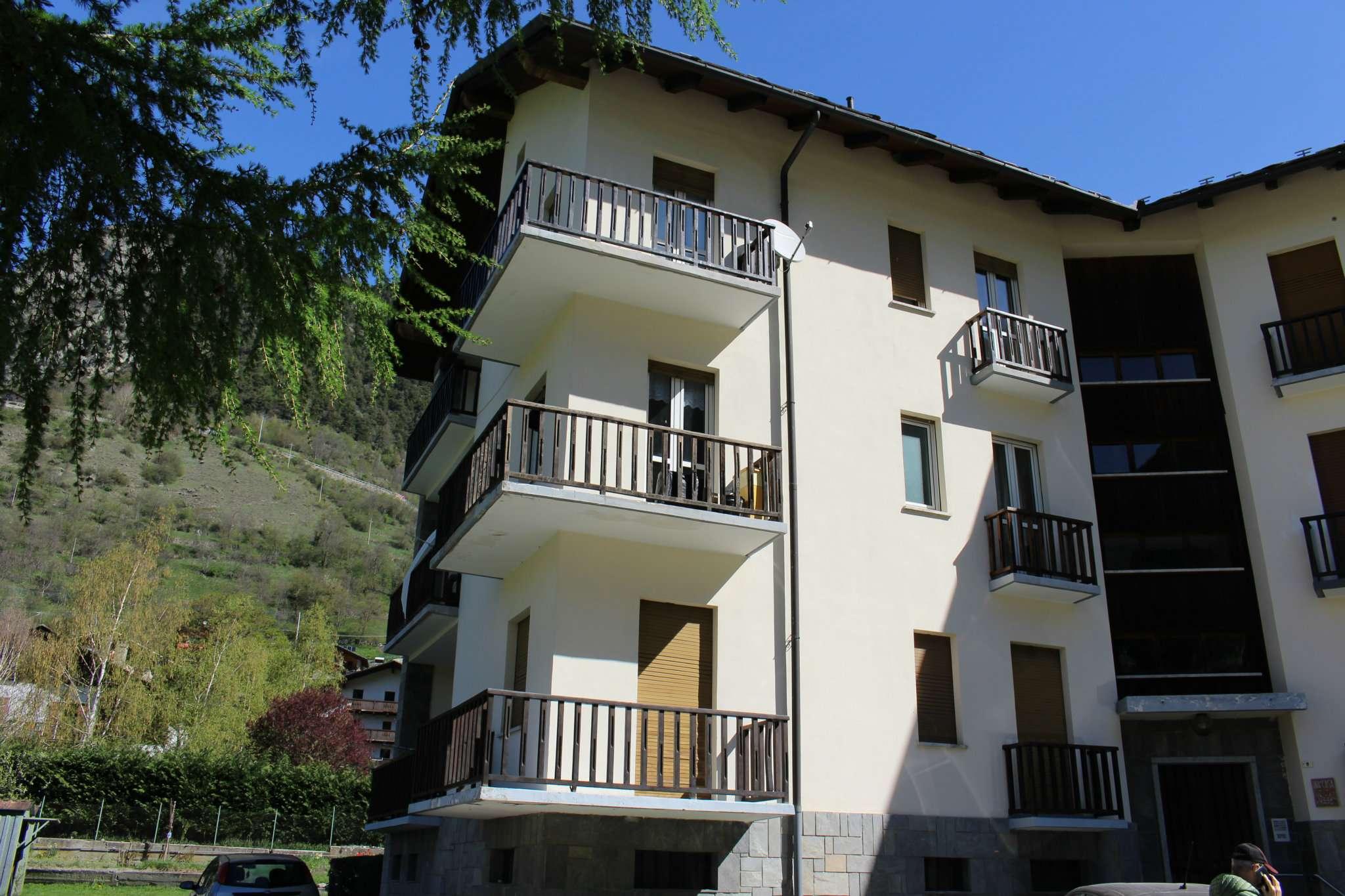 Casa valpelline in vendita waa2 for Casa di 700 metri quadrati in vendita