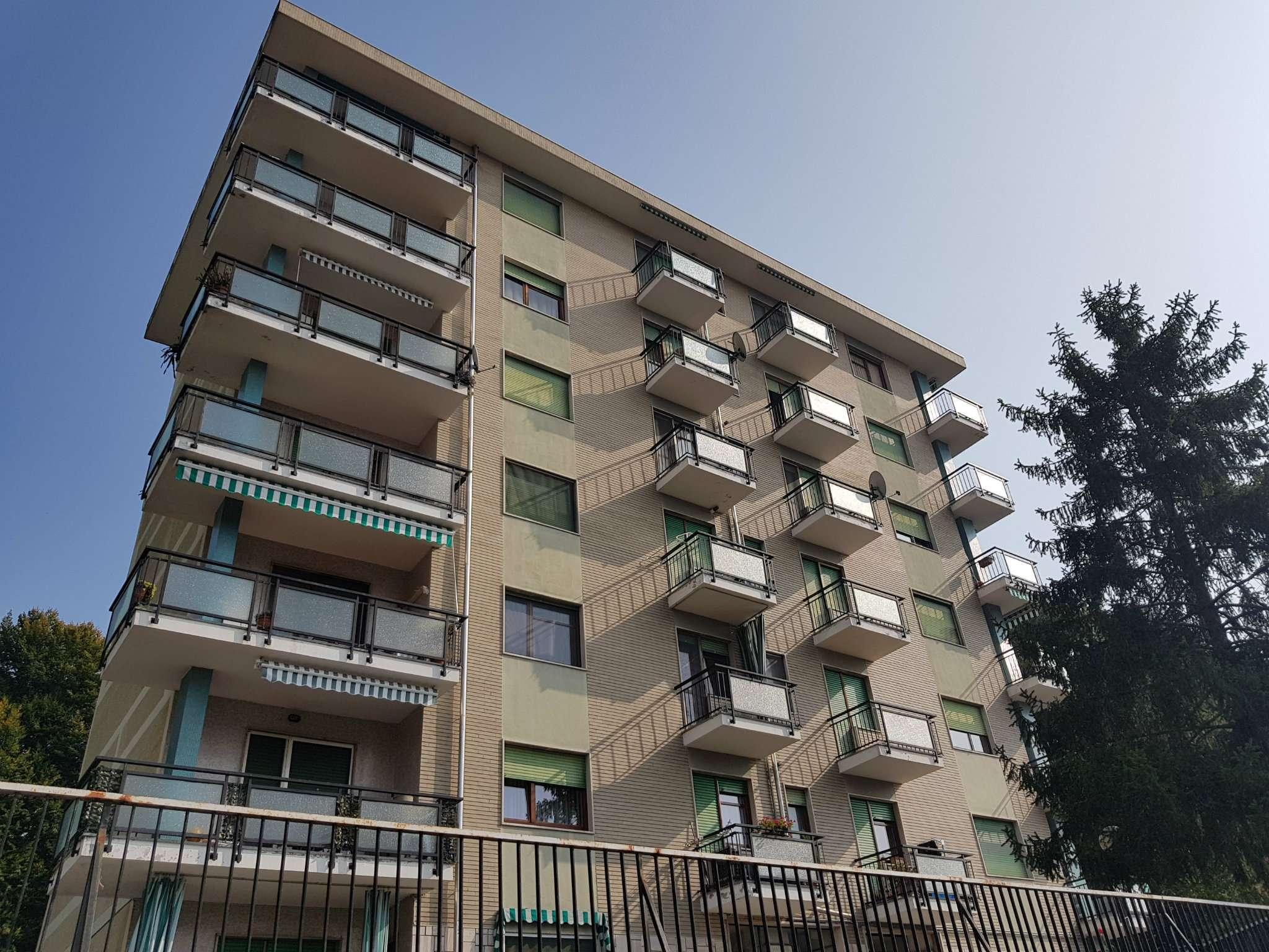 Appartamento ristrutturato parzialmente arredato in vendita Rif. 5274326