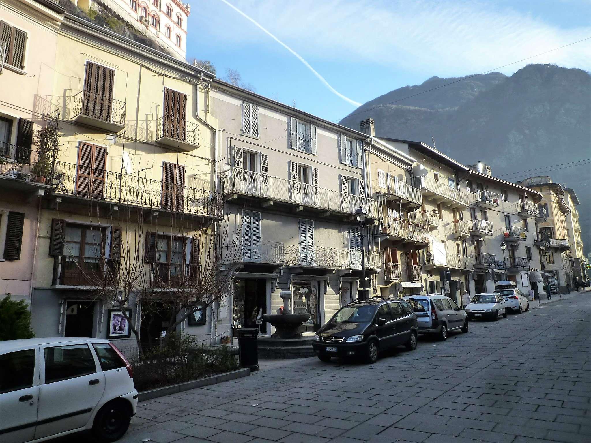 Ampio appartamento con cortile in zona centrale