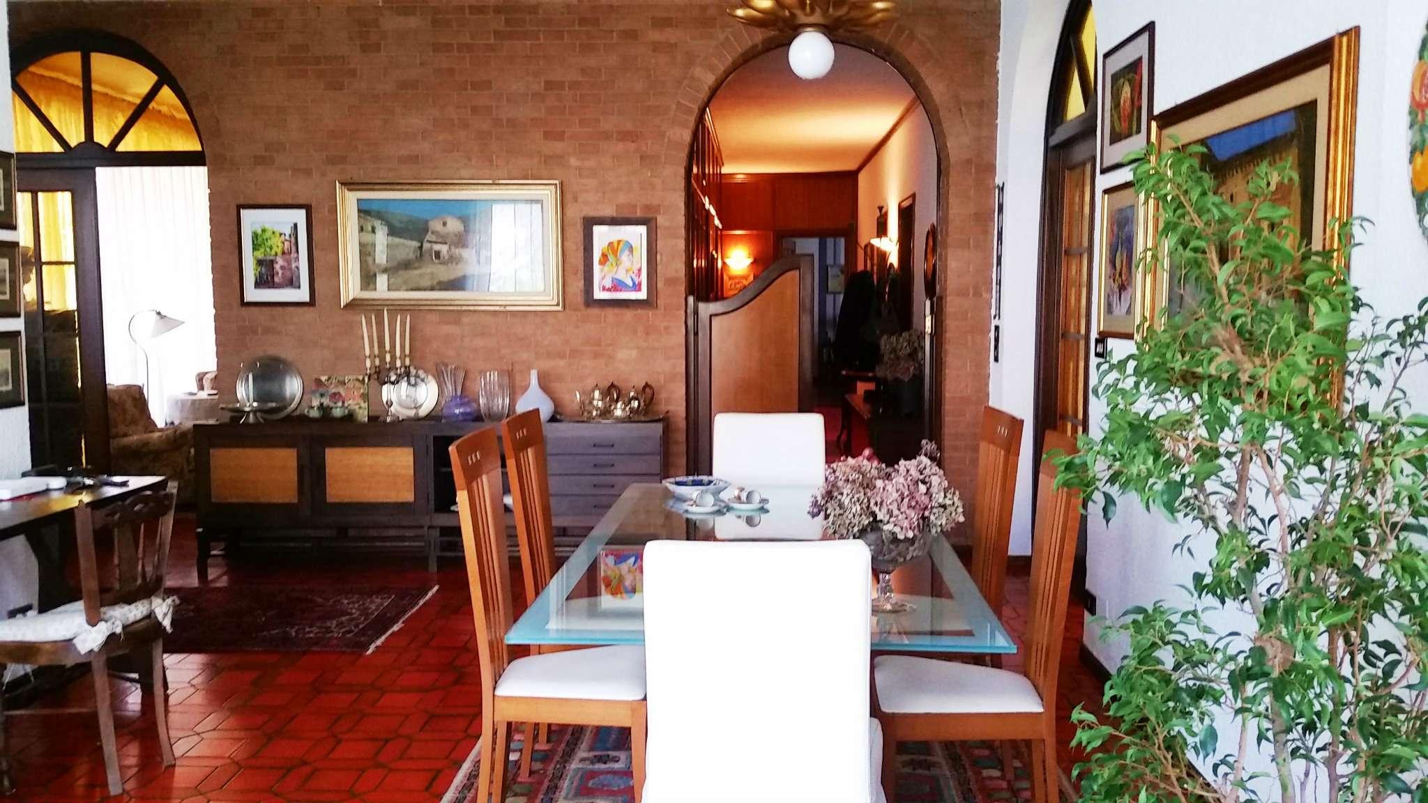 Villetta a schiera in ottime condizioni in vendita Rif. 6077858