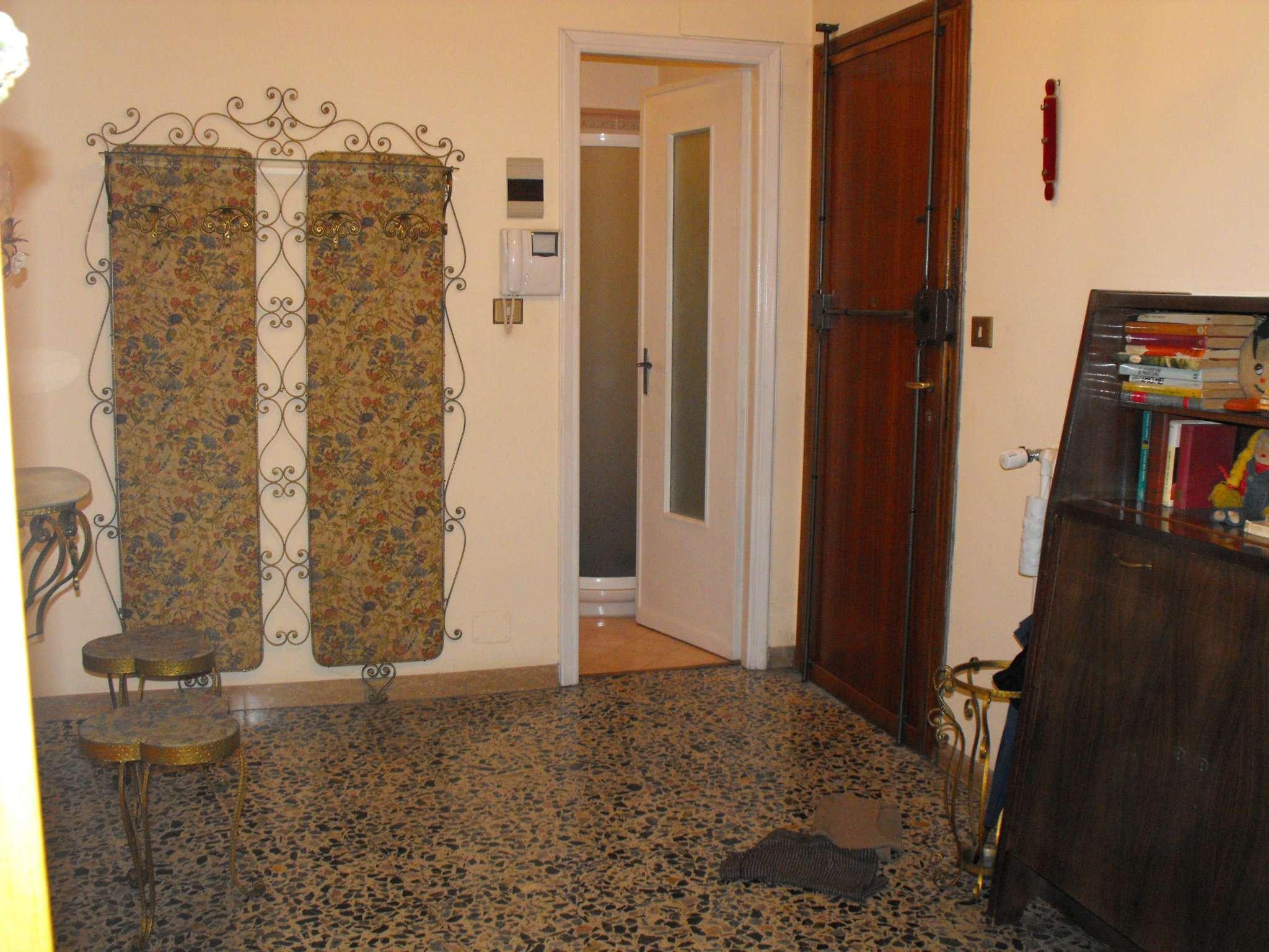Bilocale Settimo Torinese Via Partigiani 12
