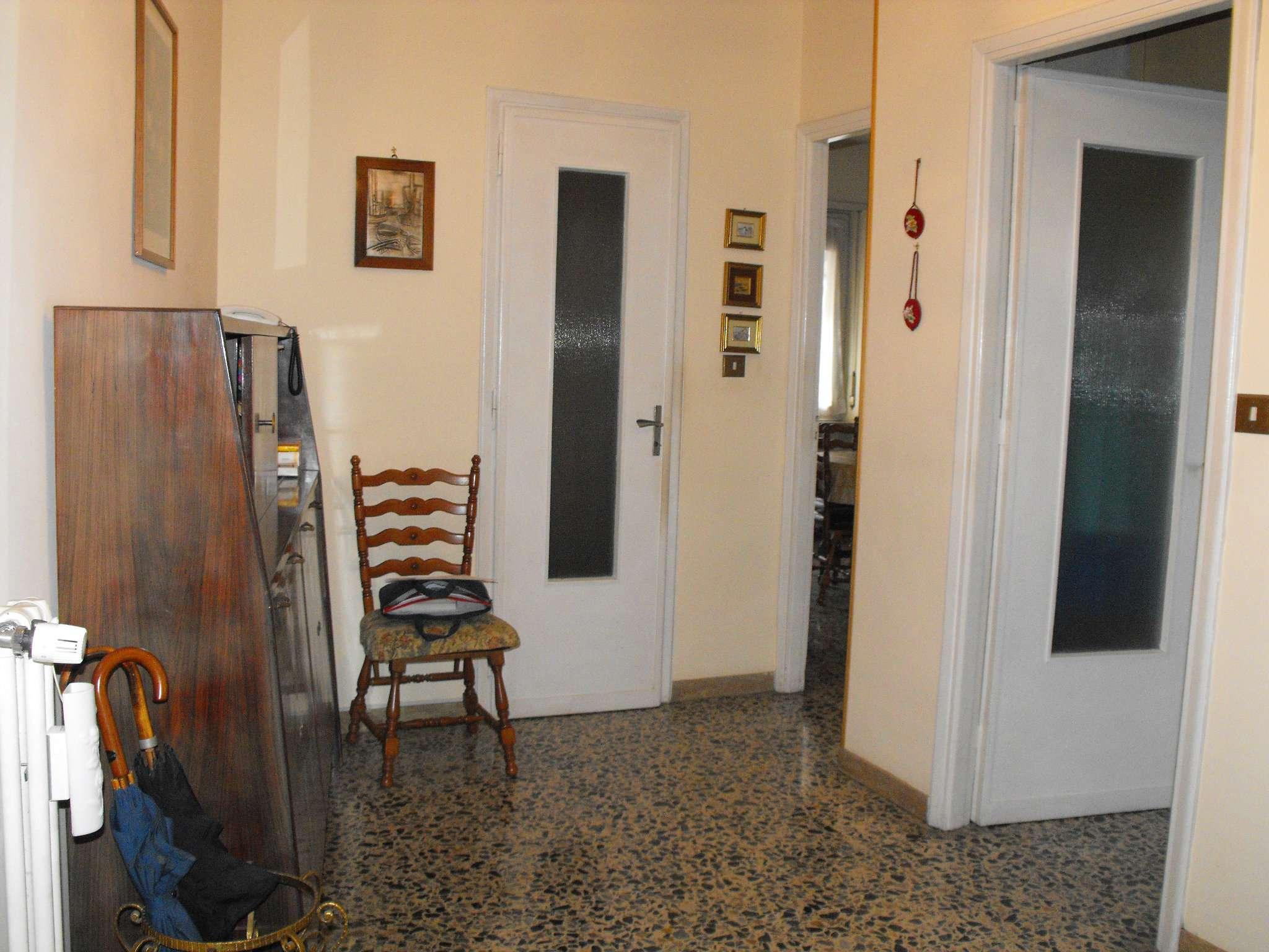 Bilocale Settimo Torinese Via Partigiani 11